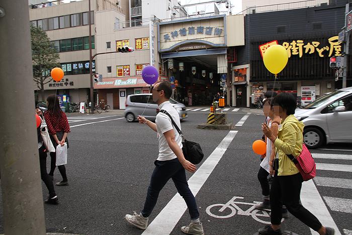 日本一長い商店街、天神橋筋商店街の前も通りました