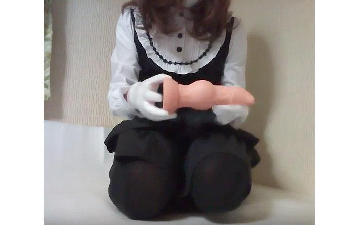 しょっつるの女装で巨大アナルプラグレビュー<br>今回は「ケルベロス・デューク のLサイズ」が入りました