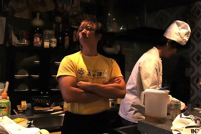非公開: 【閲覧注意】 しみけんプロデュース「うんこ味カレー」を試食レポート! 【カレーショップ志み津】